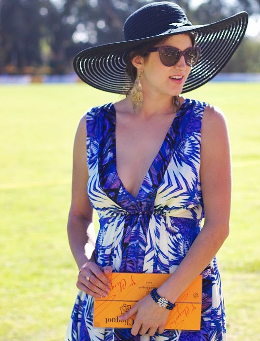 Los Angeles Fashion Blogger Laura Lily in a Boardwalk Style Hat