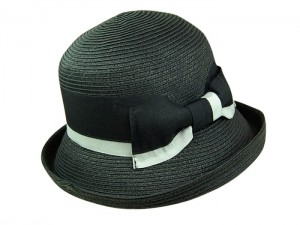 Hats To Wear To The Beach Black Straw Bucket Kettle Hat 2- Tone Ribbon Band- Boardwalk Style