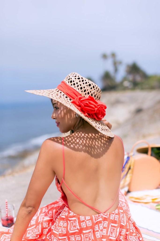 boardwalk-style-hats-straw-model-photo-elizabeth-keene