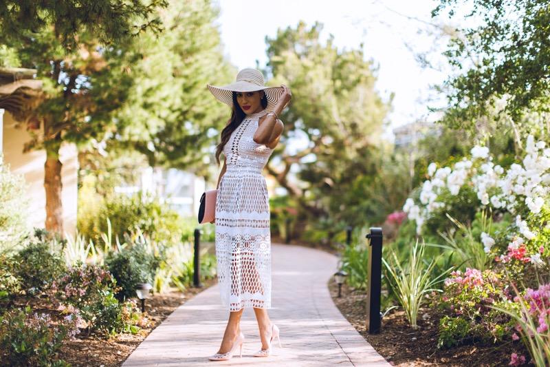 los-angeles-fashion-blogger-elizabeth-keene-in-a-boardwalk-style-wide-brim-hat