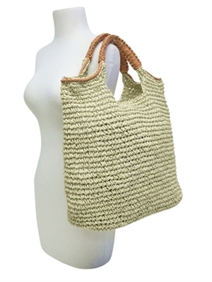 big-beach-bags-and-totes-straw