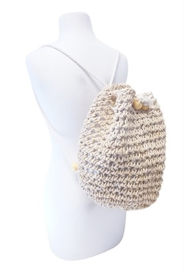 new-straw-beach-bags-and-backpacks