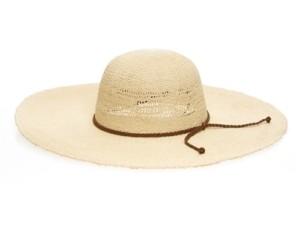 large floppy beach hats