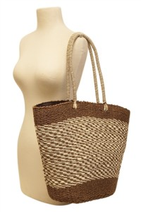 trendy womens beach accessories for summer